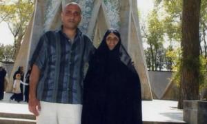 Satar Beheshti con sua madre